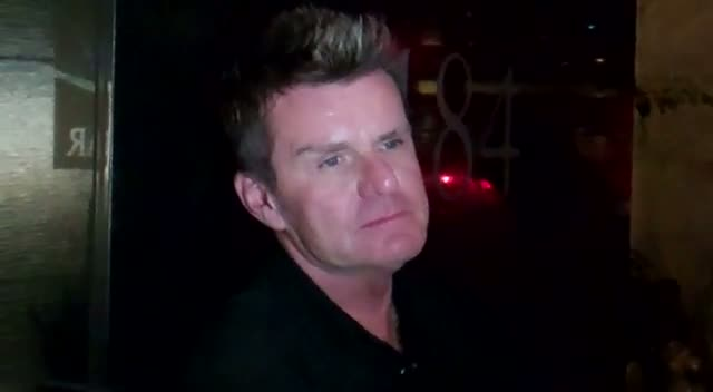 """Billy Duffy On London Riots, """"Just Guys Stealing Shoes and iPods"""""""