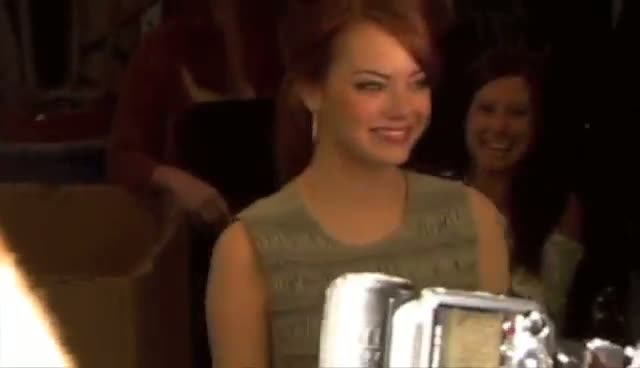 Emma Stone Promises To Read Letter From Fan