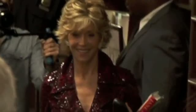 Jane Fonda Reveals Bad Eye-sight At New York Book Reading