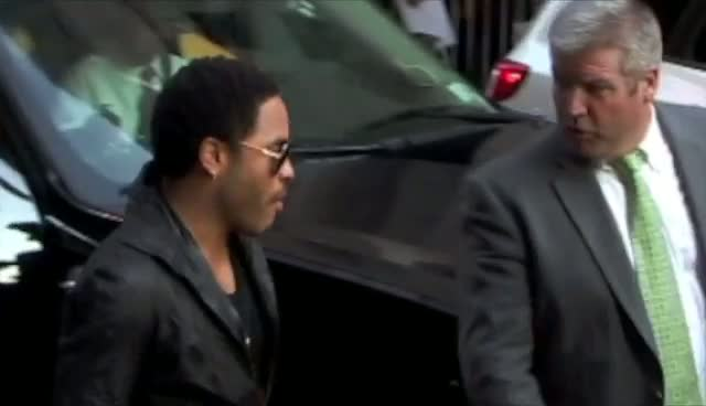 Lenny Kravitz Talks With  Letterman