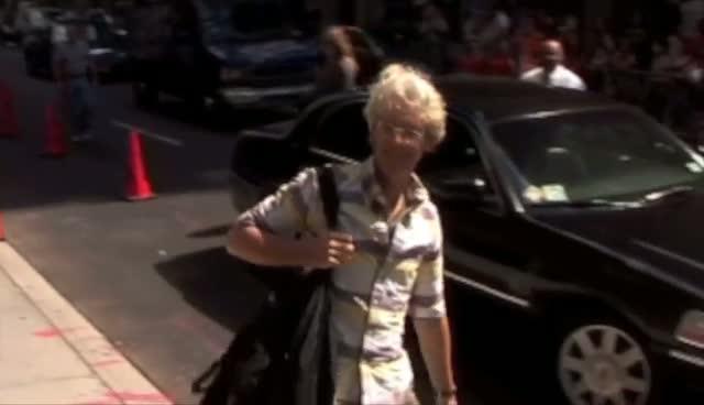 Stewart Copeland Makes Speedy Entrance For Letterman Show