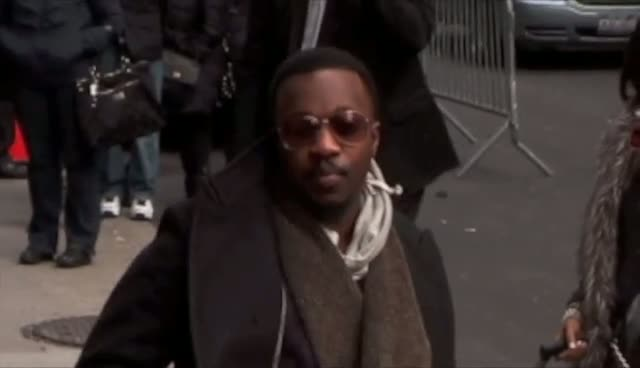 Anthony Hamilton Wishes Photographers Happy Holidays