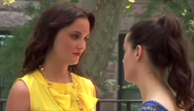 Leighton Meester filming on the set of 'Gossip Girl' - Part 3