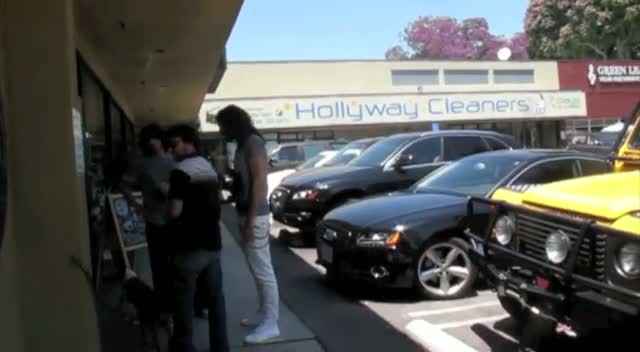 Russell Brand Stops For Health Shake In West Hollywood