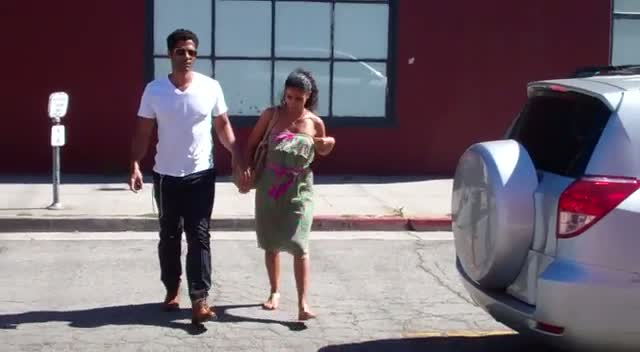 Eric Benet and Manuela Testolini Grab Vegan Food In L.A.