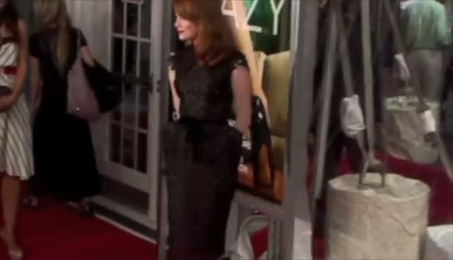 Emma Stone arriving at the World premiere of 'Crazy, Stupid, Love' held at the Ziegfeld Theater New York