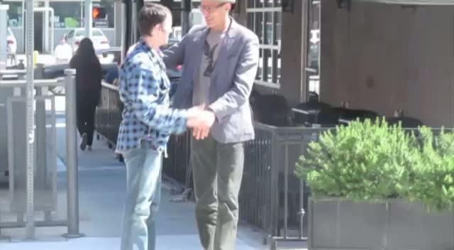 Jeff Goldblum and a friend leaving Hugo's restaurant