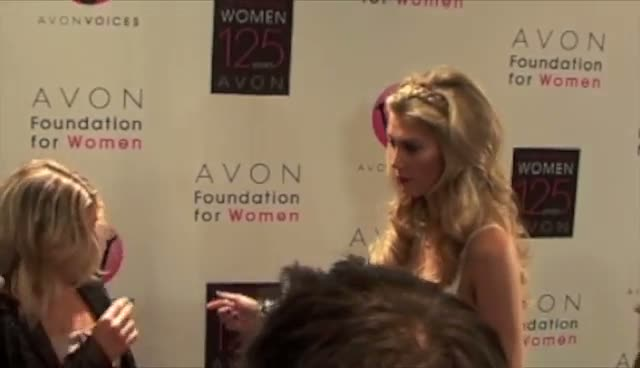 Delta Goodrem Towers Over Diminutive Fergie - Avon Awards Gala 2011 Part 2