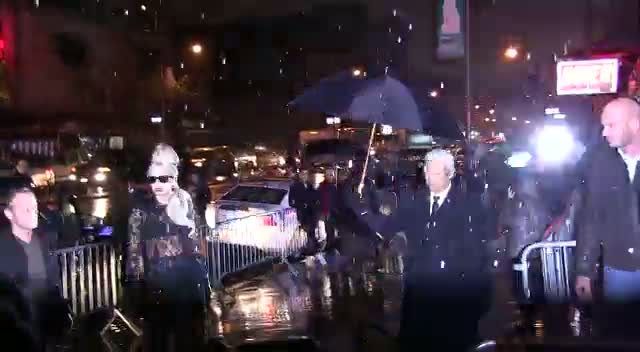 Lady Gaga Braves New York Weather...