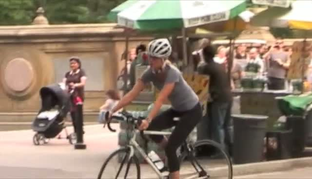 Gwyneth Paltrow Riding A Bike In New York - On The Film Set Of 'Thanks for Sharing' Part 3