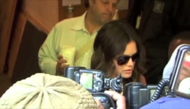 Rachel Bilson Signing Autographs Outside Regis and Kelly