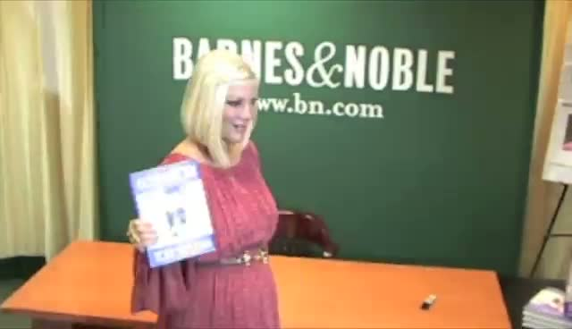 Tori Spelling At Her 'CelebraTORI' Book Signing