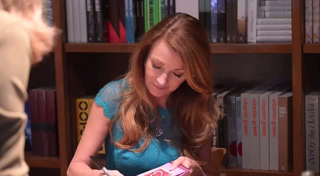 Jane Seymour Discusses Upcoming Movie Plans At Book Signing