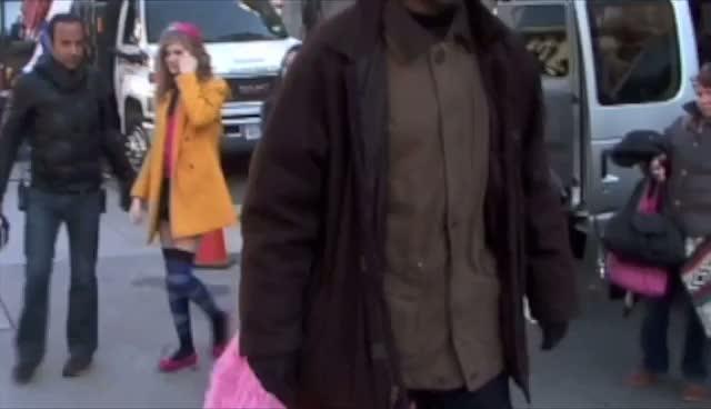 Leighton Meester's Blair Wearing Wedding Dress? - Leighton Meester and Penn Badgley Film Gossip Girl In Manhattan