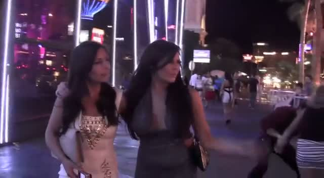 Jessica Wright From TOWIE Enjoys Vegas Nightlife