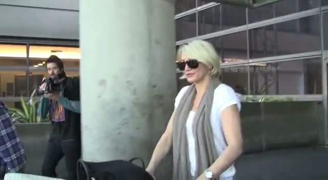 Cameron Diaz Smiles As She Leaves LAX Airport