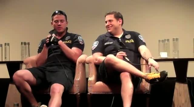 Jonah Hill Points Real Gun At Gun Handler's 'Junk' - 21 Jump Street Press Conference Part 2