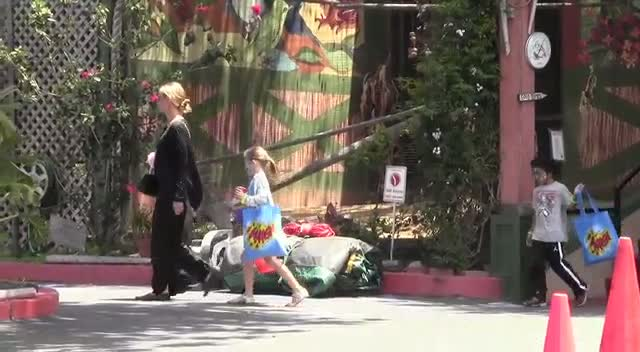 Heidi Klum Takes Children Out For Birthday Party And Lunch