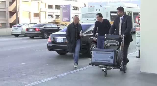 Antonio Banderas Checks In At LAX
