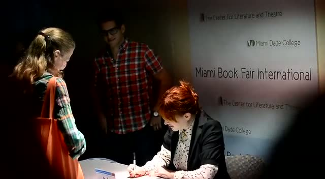 Molly Ringwald Signs Her New Book...