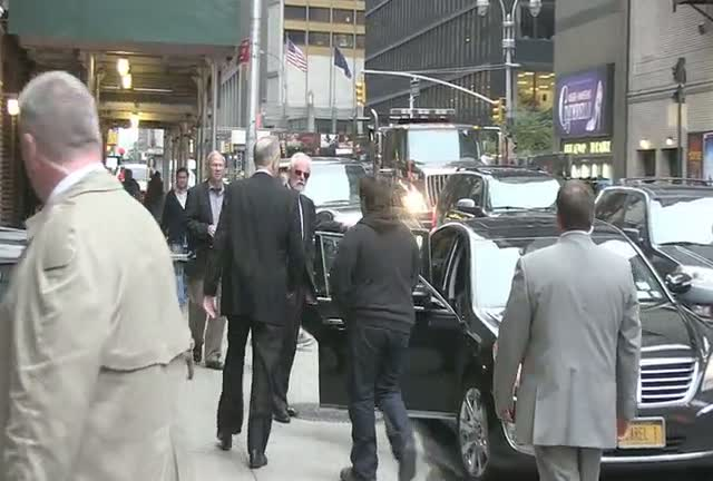 Bill O'Reilly Leaves For His Car After David Letterman Show