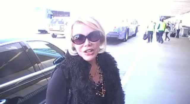 Joan Rivers: Lindsay Lohan Is Throwing Her Life Away
