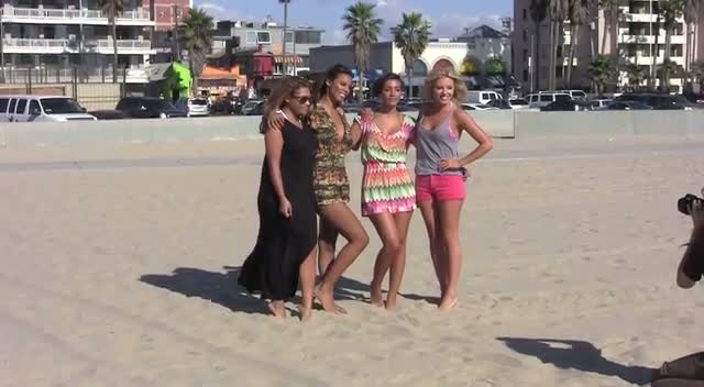 Most Of The Saturdays Get A Surfing Lesson In LA