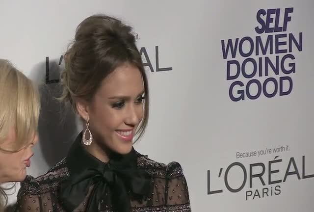 Jessica Alba And Jenna Dewan-Tatum Arrive For SELF's Women Doing Good Awards