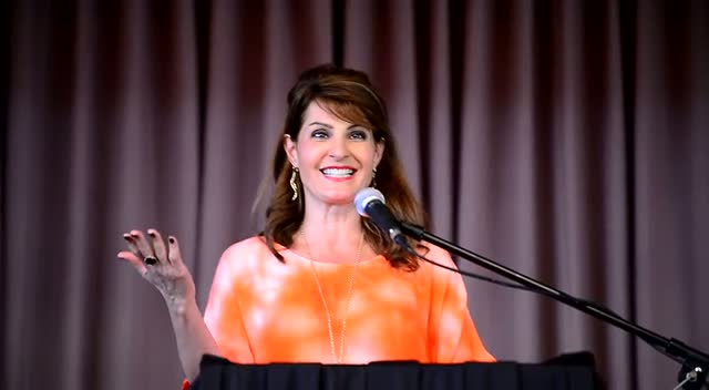 Nia Vardalos Discusses Motherhood At The Signing Of Her Book 'Instant Mom' - Part 2