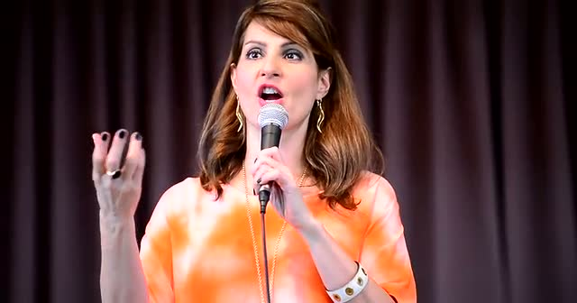 Nia Vardalos Discusses The Use Of Windex In 'My Big Fat Greek Wedding' At A Book Signing In Florida  - Part 3