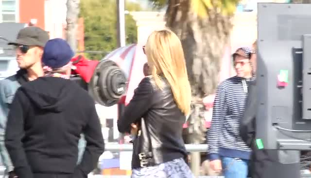 Heidi Klum Chats To Crew During 'Germany's Next Top Model' Filming - Part 2