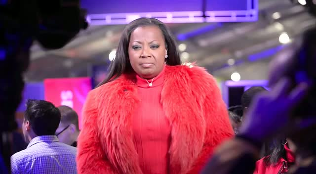 Star Jones All In Red For Charity During National Day Of Service