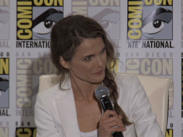 Matt Reeves And Keri Russell Talk About Survival At Comic-Con's 'Dawn of the Planet of the Apes' Press Conference - Part 1