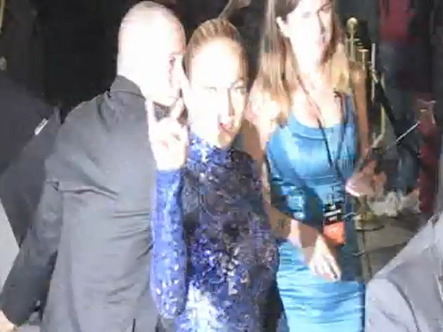 Honouree Jennifer Lopez In Eye-Catching Blue At 2013 amfAR Gala