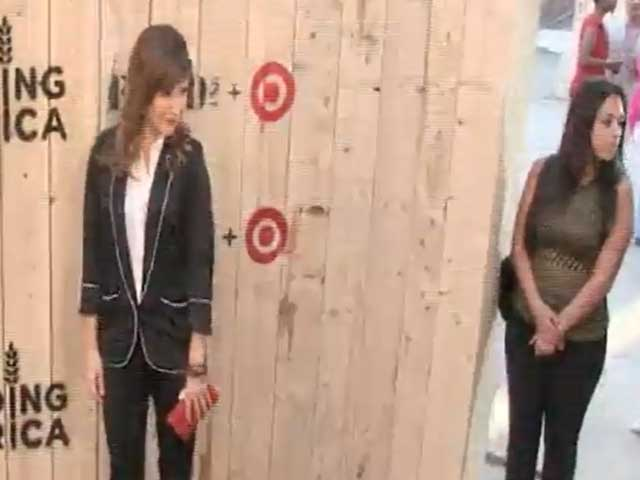 Sophia Bush And Phillip Phillips Among Target FEED Launch Arrivals - Part 2