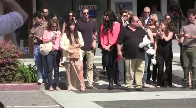 Kim Kardashian Goes For Frozen Yogurt With Pals In Beverly Hills