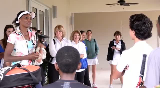 Venus Williams Meets Kids At Sports Charity To Teach Them Tennis