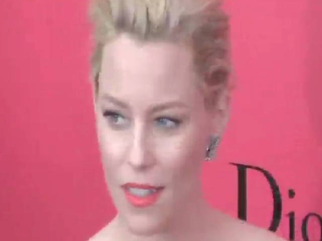 Elizabeth Banks And Stanley Tucci Shine At 'Catching Fire' NY Premiere - Part 2