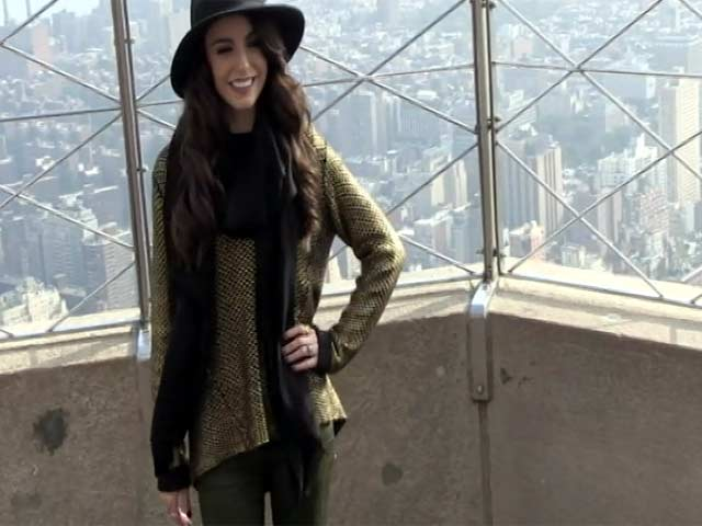 Cher Lloyd Seems A Little Nervous At The Top Of The Empire State Building