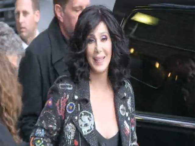 Cher Returns For Paparazzi Photos Despite Having Already Got Into Her Car As She Leaves 'Letterman'