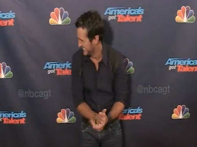 Paparazzi Go 'Nuts' For Howie Mandel At 'America's Got Talent' Finals Event - Part 2