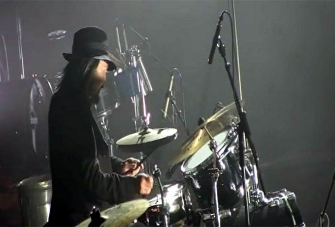 Yohji Yamamoto Shows Off His Percussion Talents At His NY Fashion Week SS14 Y-3 show