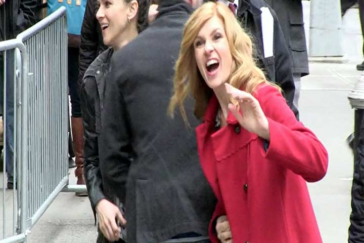 Connie Britton Greets Photographers With A Smile Outside 'Good Morning America'