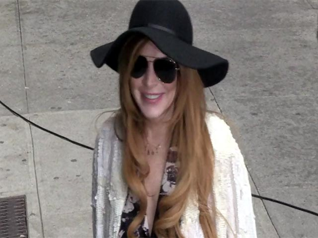Lindsay Lohan Shows Off Her Summery Outfits Outside 'Letterman'