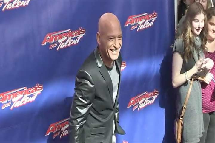 Howie Mandel Seems Thrilled To Be At The 'America's Got Talent' Season 9 Photocall