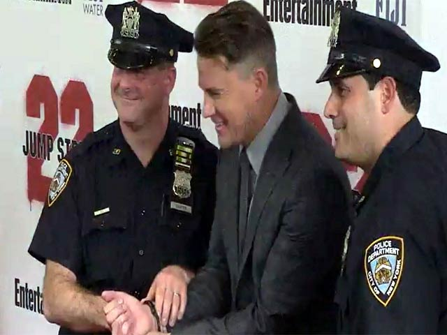 Channing Tatum Gets Handcuffed At The New York Premiere Of '22 Jump Street'