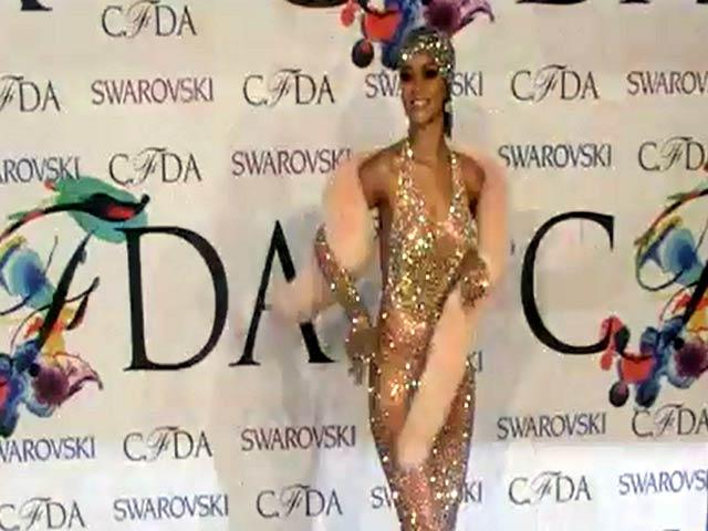 Rihanna Bares (Nearly) All In Sheer Dress At 2014 CFDA Fashion Awards - Part 2
