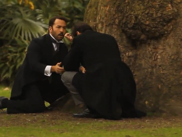Jeremy Piven And Gregory Fitoussi Shoot 'Mr Selfridge' In London – Part 3
