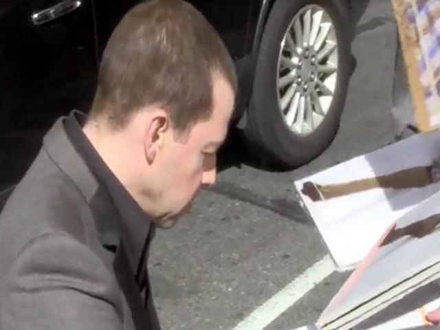 Jon Cryer Greets Fans Warmly Outside 'Letterman' Studios In New York
