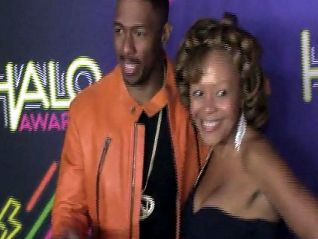 Nick Cannon Poses With His Mother At The Nickelodeon Halo Awards